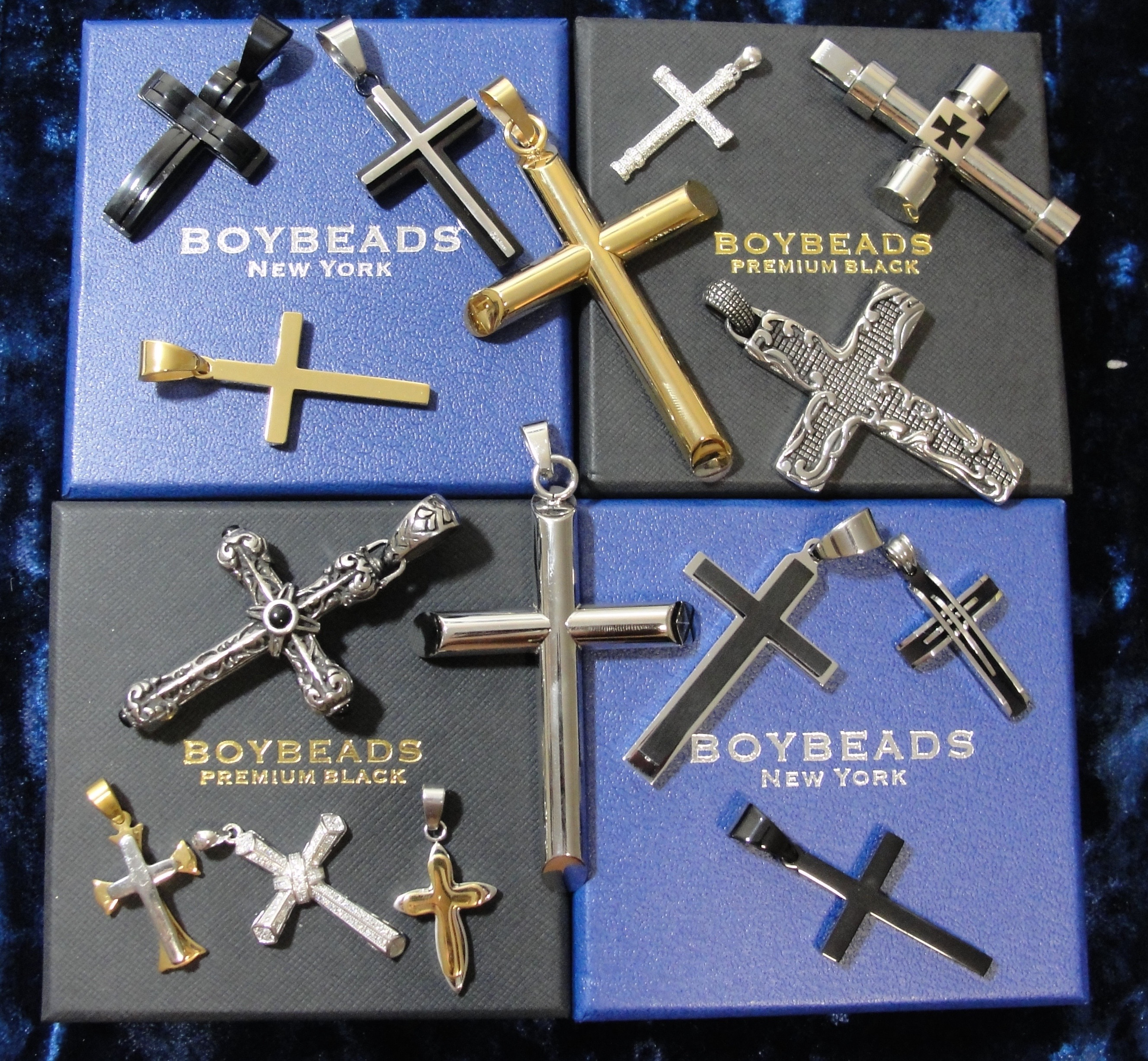 New Cross Necklaces ing Soon to BOYBEADS BOYBEADS